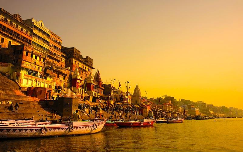 travels-asia-srilanka-varanesi